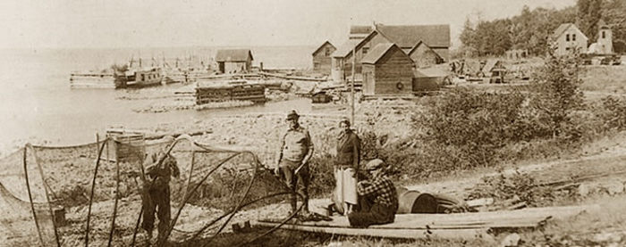 early-photo-gills-rock-wisconsin-early-1900s_700x277